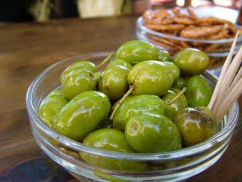 оливковое масло для лица: эффективные средства на основе продукта